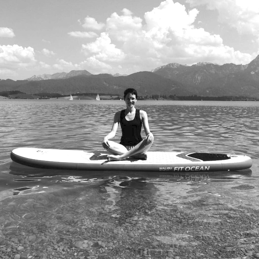 Yogalehrerin Jenny Yogawald